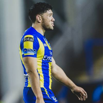 Andre Savelio signs for Hull FC