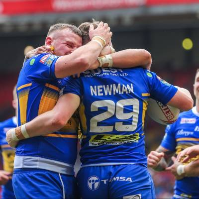 Leeds hold on against London